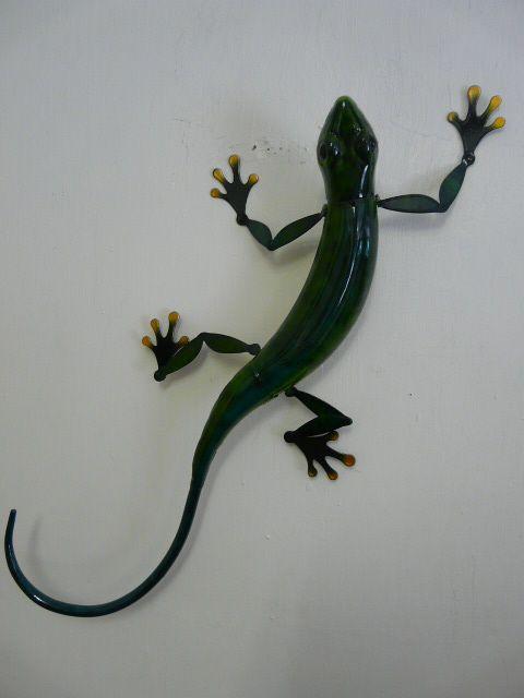 "Large Outdoor Metal Artwork  Contemporary Metal Wall Art ""Large Green Lizard Gecko"""
