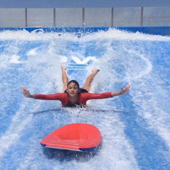 "Tonight on #TaraGrets ➡️ Flowriding! Woohoo!  Stoked with my 1st time, made lots of new friends  and I even got to learn the ""Boomerang"" & more thanks to my super cool instructor Julius! Abangan tonight on #TVPatrol  Thank you to everyone from @flowhousemanilaph & @arena_ph"