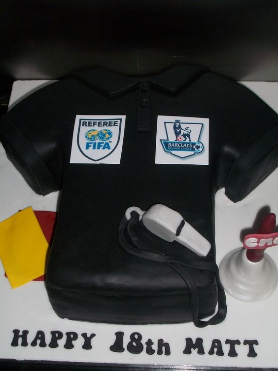 Football Referee Cake 6 30 Pinterest Football And Cakes