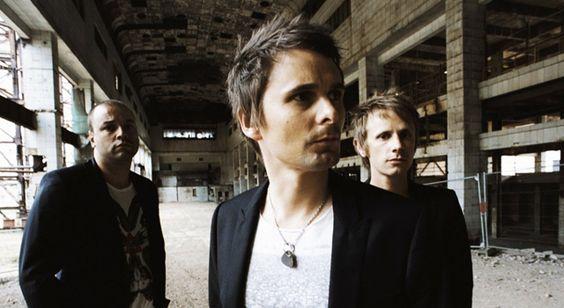 Muse: Matt si è fratturato 2 ossa ed il gruppo annulla delle date europee