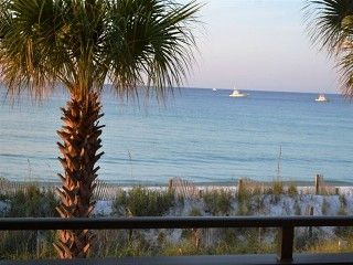 HEATED POOL, WHITE SAND & BLUE WATER- BOOK NOW FOR APRIL & MAY!Vacation Rental in Destin from @homeaway! #vacation #rental #travel #homeaway  about 900  sleeps 8