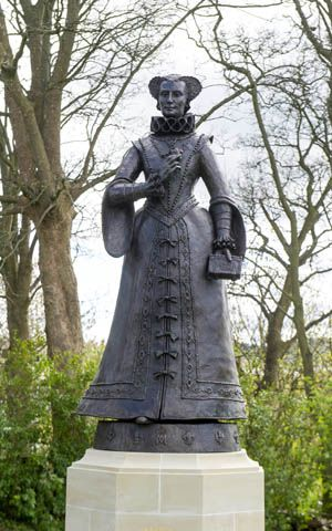 Scotland's first public statue of Mary, Queen of Scots. The bronze, seven-foot statue of Mary stands on the Linlithgow Peel, looking out over the palace, where she was born.