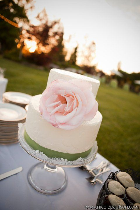 Bride and Groom Cake#Repin By:Pinterest++ for iPad#