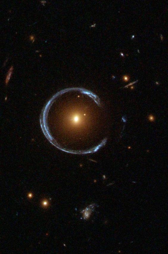 blue black hole gravitational lensing - photo #16