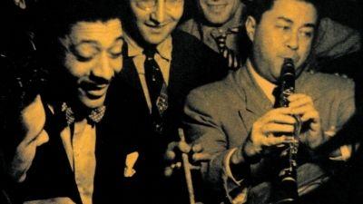 """Festival Estoril Jazz eleito pela Unesco evento comemorativo do Dia Internacional do Jazz.  O festival Estoril Jazz, que decorrerá em maio, foi considerado pela UNESCO Portugal um evento comemorativo do Dia Internacional do Jazz, anunciou hoje o promotor Duarte Mendonça. O festival não coincide com o Dia Internacional do Jazz, proclamado pela UNESCO pela primeira vez a 30 de abril de 2012, mas a comissão nacional da organização, decidiu atribuir-lhe o selo de """"evento comemorativo""""."""