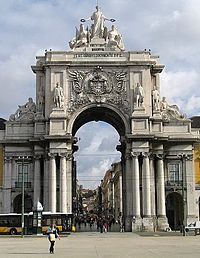 List of triumphant archways around the world.