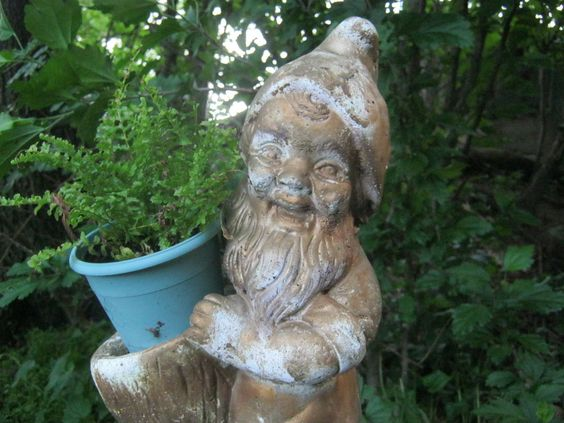 Gnome Garden: Gardens, Garden Gnomes And Vintage On Pinterest
