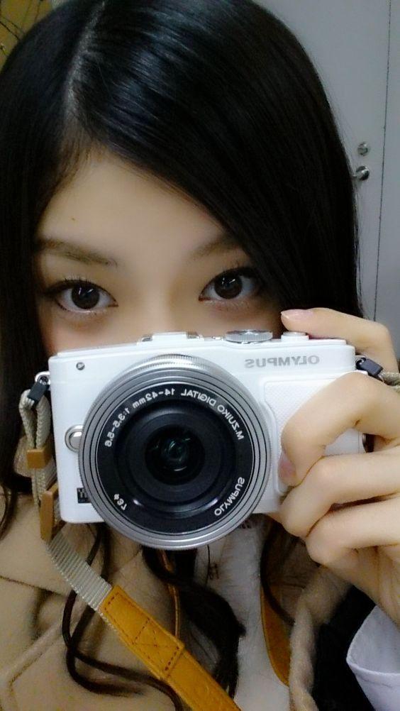 カメラを構える武藤十夢