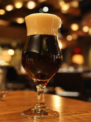 5 oz. champagne 5 oz. Irish stout beer Combine all ingredients in a glass and stir. Source: Public House at The Venetian