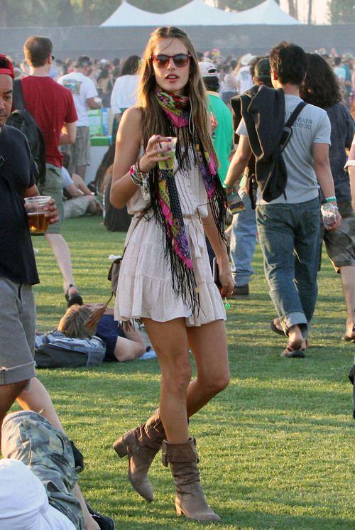 Alessandra Ambrosio en el Festival Coachella 2011: