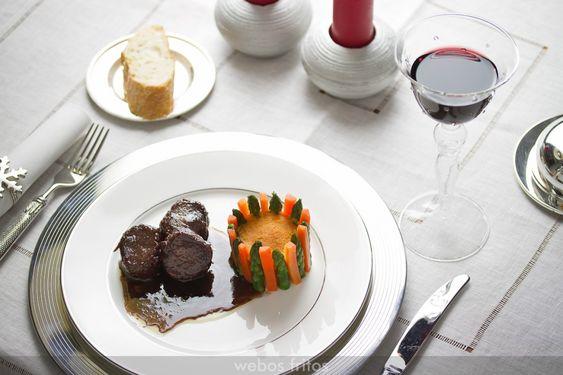 Solomillo de cerdo ibérico al vino tinto | webos fritos