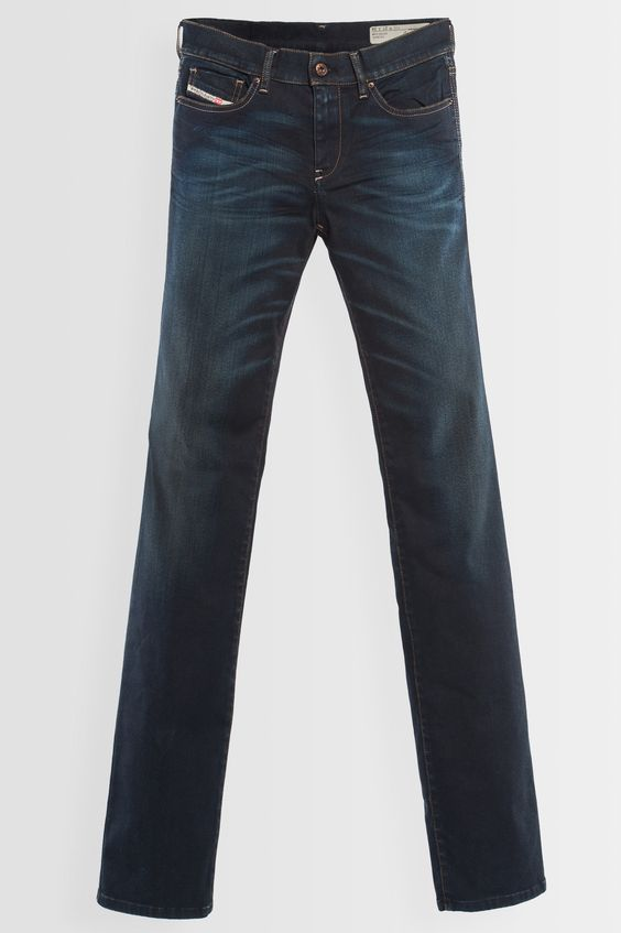 Diesel #jeans: BOOTZEE-ST 0822S #essential. Shop your perfect jeans at JeansandFashion.com #JeansandFashion #jeans #Diesel