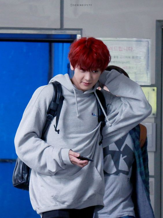 I want hair that red << I just want him