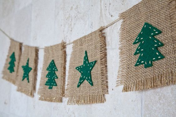 This Christmas garland consists of 5 natural burlap(with golden metallic threads) double sided flags with felt appliques (green color) (on one side)