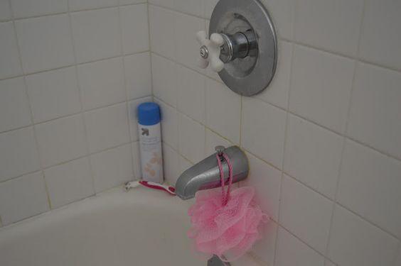 Lots of Lys : My Bathroom Tour