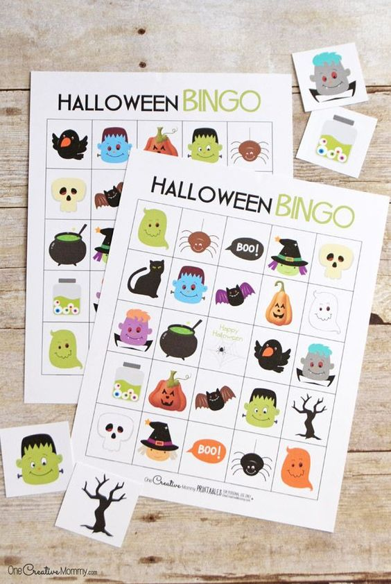 Free printable Halloween Bingo cards | Fun family Halloween activity! {OneCreativeMommy.com}: