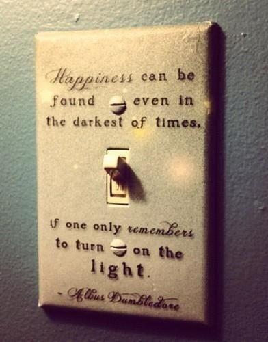 sin obscuridad jamas habra luz... entiendes ahora mi pequeña rachel