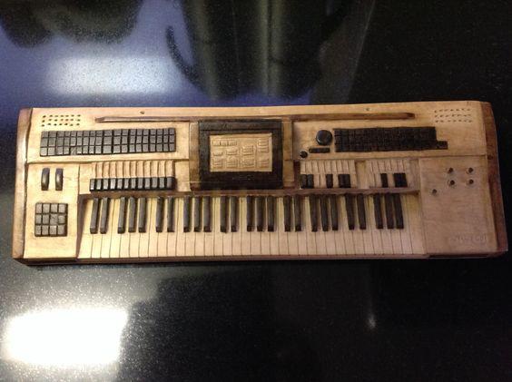 Wersi orgel, in het bezit van Bert. (Er zit muziek in!!!)