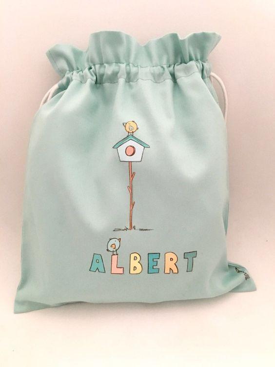 Casa en el árbol para el pajarito del pequeño Albert en su saquito de la guarderia  #vueltaalcole #regalospersonalizados #detallespersonalizados #niños #kids