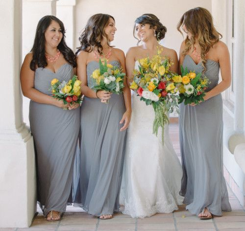 Wedding Magazine - A yellow-and-grey wedding in California, with an outdoors reception