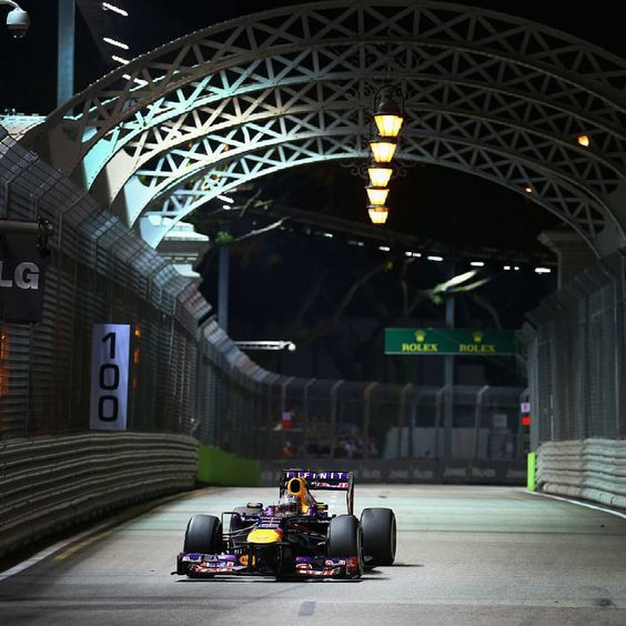 "Sebastian Vettel on Instagram: ""#F1FastFact The biggest winning margin in Singapore Grand Prix history came in 2013 when Sebastian Vettel beat Fernando Alonso by a massive 32.627s. Coincidentally the smallest winning margin also involved the same two drivers and came in 2010 when Alonso finished just 0.239s ahead of Vettel.  __________ Pic: Vettel in action at the Marina Bay Street Circuit during the 2013 Singapore GP. __________ #SebastianVettel #Vettel #Seb5 #SV5 #ForzaSeb #SebVettel"