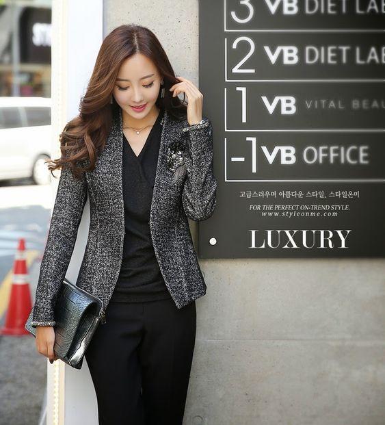 Moda on pinterest for Modelos de oficinas