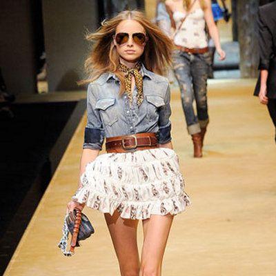 cheetah neckwear, denim shirt, leather belt