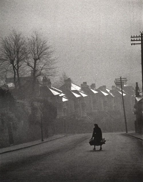 Carl Mydans - Fog Coming in, Swansea, Wales, 1954 #Photography