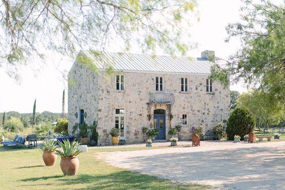 le san michele wedding venue http://www.weddingchicks.com/2013/10/09/whimsical-wedding/