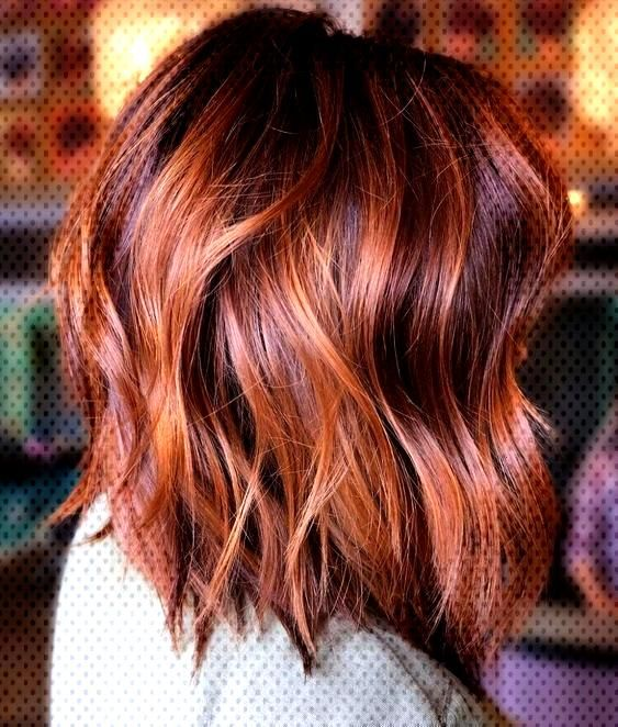 Hairstyle Coiffure Cheveux Carre Court Wavy Roux Bob Carre Court Wavy Rouxyou Can Find Hair And Makeup Near Me An Carre Court Wavy Carre Court Coiffure
