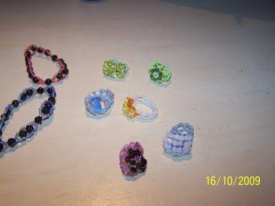 bracelets et bagues fantaisies