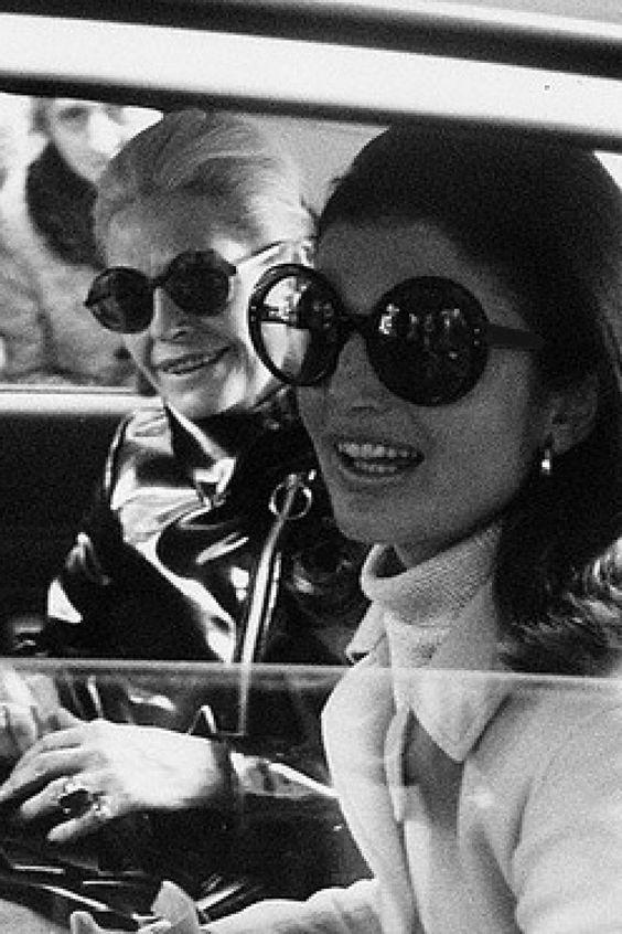 So Retro - 60s Jackie Round Sunglasses Black