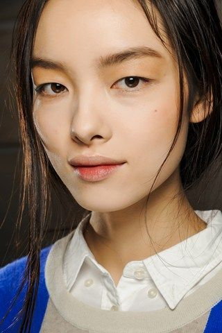Victoria Beckham Autumn/Winter 2013 Beauty Trend