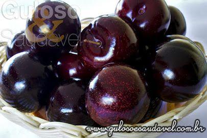 Em cada três mulheres, duas tem problemas intestinais, inclusive a constipação! Conheça 5 Frutas que Auxiliam no Bom Funcionamento do Intestino!  Texto aqui: http://goo.gl/Mn7TbV