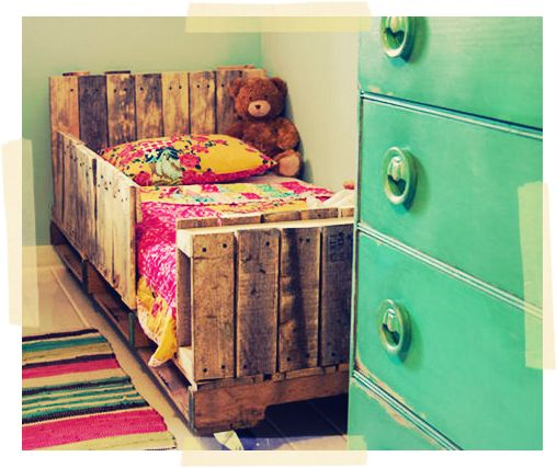 Adorable pallets bed