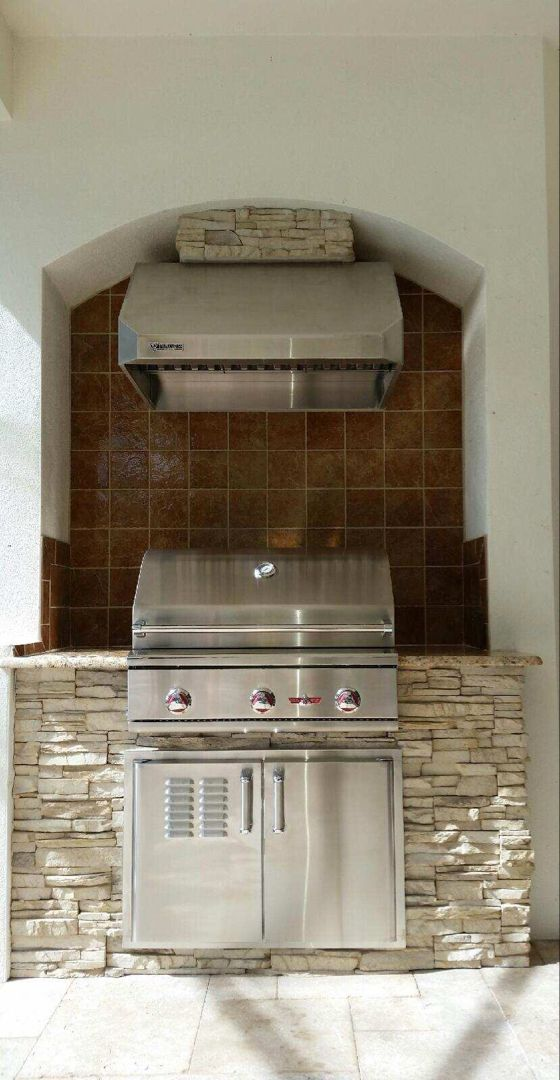 Small Outdoor Kitchen On A Budget Design Small Outdoor Kitchens Outdoor Kitchen Diy Outdoor Kitchen