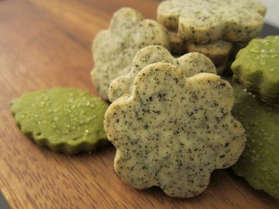 Earl Grey Tea and Matcha Green Tea Shortbread Cookies sound like the perfect weekend treat.