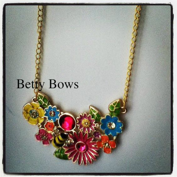 statement / bib necklace yellow pink orange blue by Bettybows22, via Etsy.