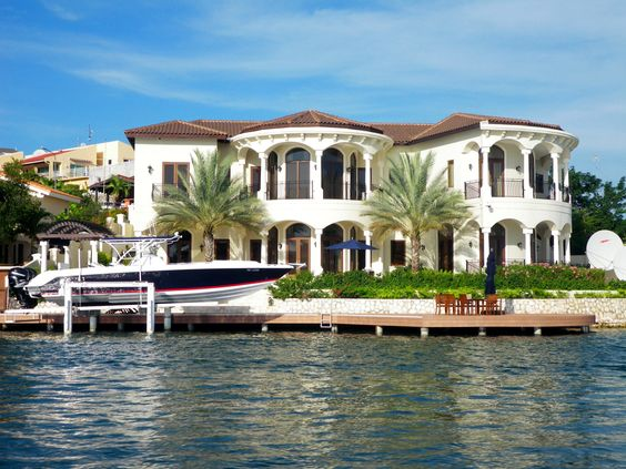 Gorgeous house in Curacao