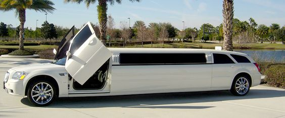 Dodge Magnum Stretch With Lambo Doors Mopar Maggies