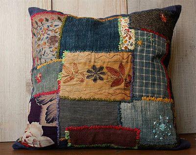 great mix: Púðar Pillows, Crazy Quilts, Patchwork Pillows Cushions, Patchwork Quilts, Bohemian Pillows, Pillows 4U, Quilt Pillow, Fabric Quilts Lace Linens, Craft Pillows