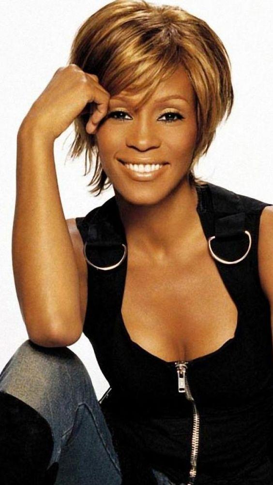 Whitney Houston, Short hair, Celebrity, Singer, Actors, Filmmakers, Model   iPhone Backgrounds