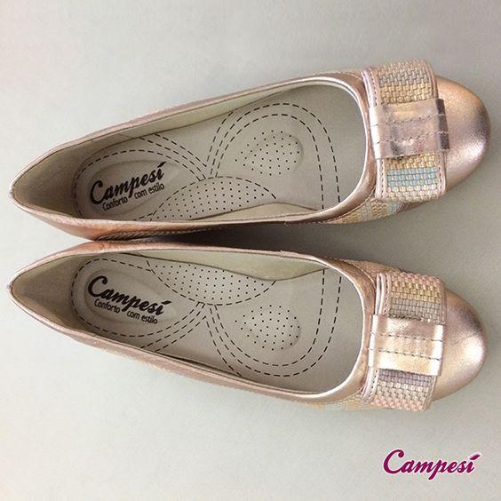 Ninguém merece sapatilhas que machucam os pés! Vá de #Campesí que o #conforto é certo: http://ow.ly/DvDV0 #moda #sapatilha #sapatos #metalizado