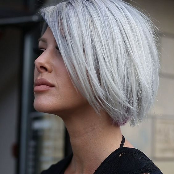 *** A silver/grey color is fantastic! and certainly in combination with a short hairstyle! Agree?!! #shorthairstyles