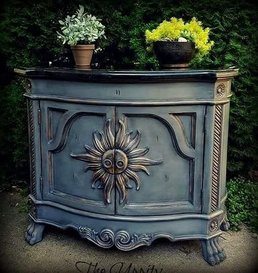 Small Painted Buffet By The Uppity Chalk Paint By Annie Sloan With A Blended Mix Of Graphite An Black Chalk Paint Furniture Painted Buffet Black Chalk Paint