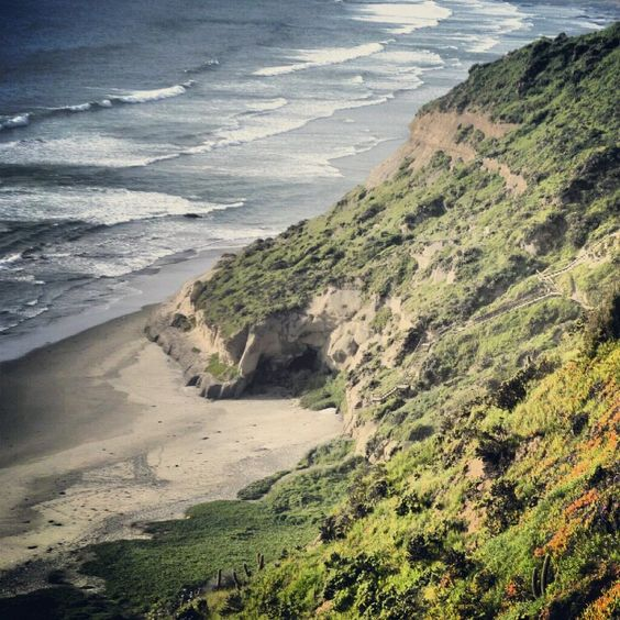 Aguas Blancas|vista pista de parapente AIRE Maitencillo|Chile