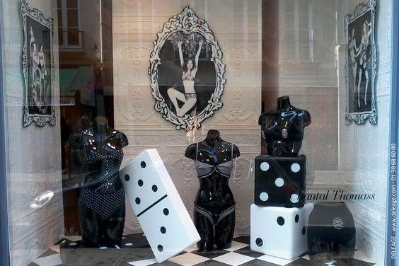 Sculpture polystyrène en décoration de vitrine - deleage