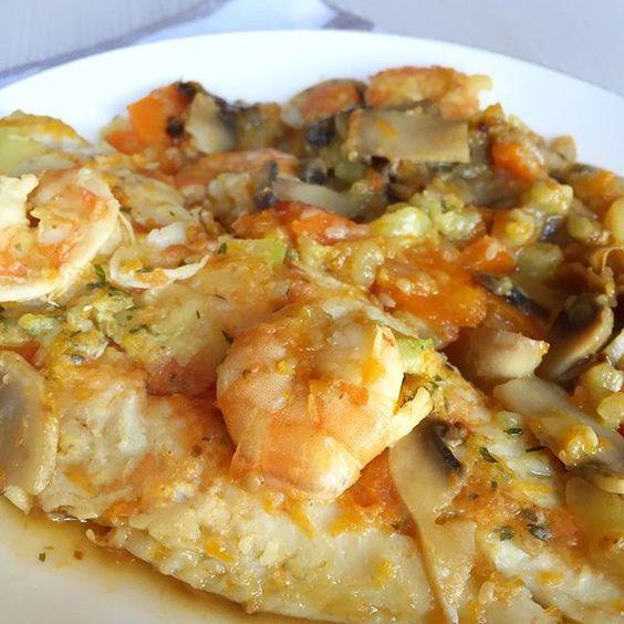 merluza con verduras y langostinos - tansanamente