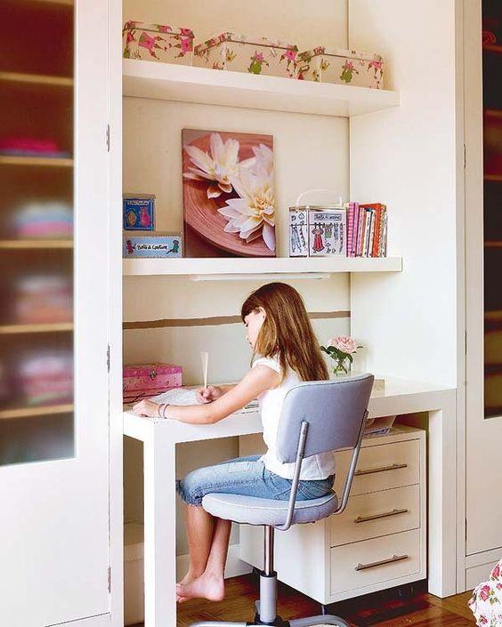 Cute desk desks and desk areas on pinterest - Escritorios juveniles ...