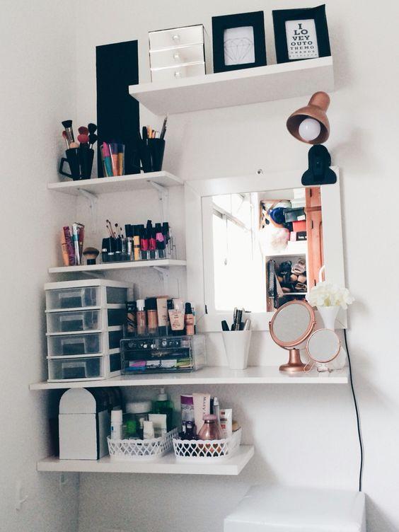 Meu lugar favorito, cantinho da maquiagem !! #decor #minimalist #escandinavian